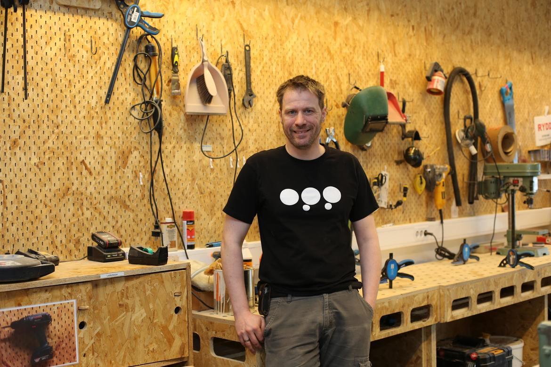 VERKSTED: Med dagens dataverktøy kan du lage nesten hva som helst, og her hos Marineholmen Makerspace kan du gå fra ide til ferdig produkt på kun få timer, sier daglig leder Trygve Trohaug.