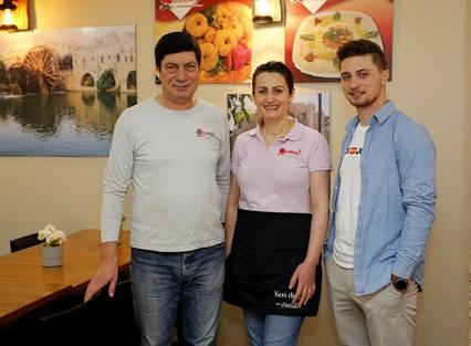 SAMARBEID: Familien Layous driver Damas – Syriske delikatesser.